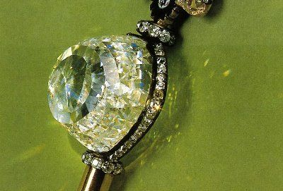 The Orloff. Details : 300 Carats when found, color: a little bluish green, clarity: exceptionally pure, cut: Mogul-cut rose, source: India. Stands 2nd in our Top 10 Famous Diamonds list.  Discovery. This gem may be discovered in the Diamond Treasury of Russia in Moscow.  History and Origin. There are so many historical episodes involving the Orloff. First, it may have been decided at one time as the diamond eye of Vishnu's idol (one of the Hindu Gods) in the deepest sanctuary temple in…