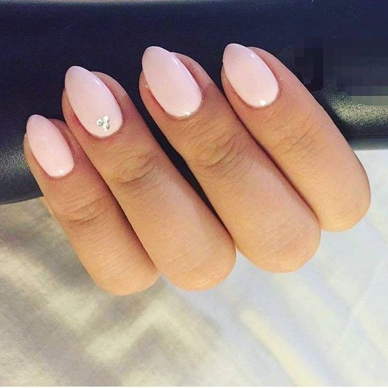 27+Wonderful Pure Mild Pink Nails Design for Younger Woman In 2019