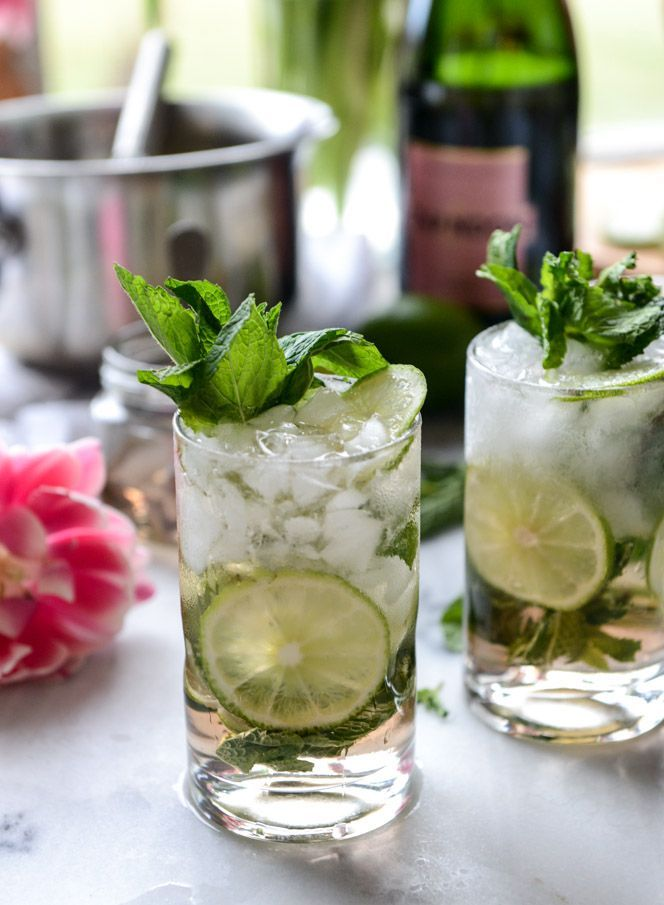rosé champagne mojitos I http://howsweeteats.com