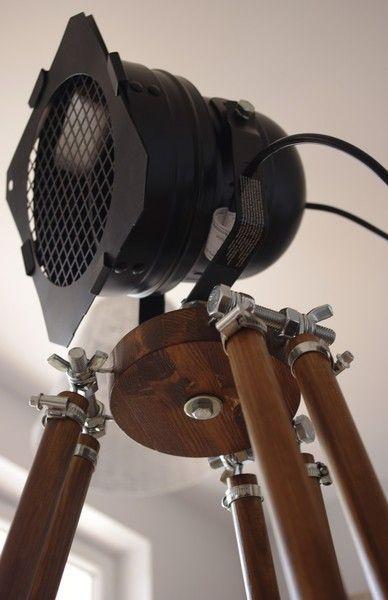 Staande lamp in industriele stijl van Adarus via http://nl.dawanda.com/