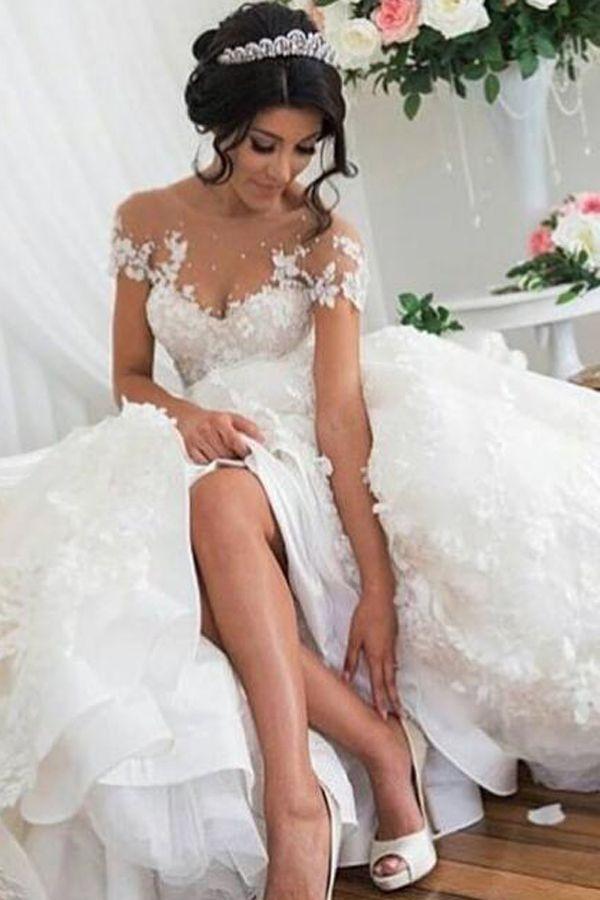 2017 wedding dresses,chic fashion,fashion,women's fashion,lace wedding dresses,high-low wedding dresses