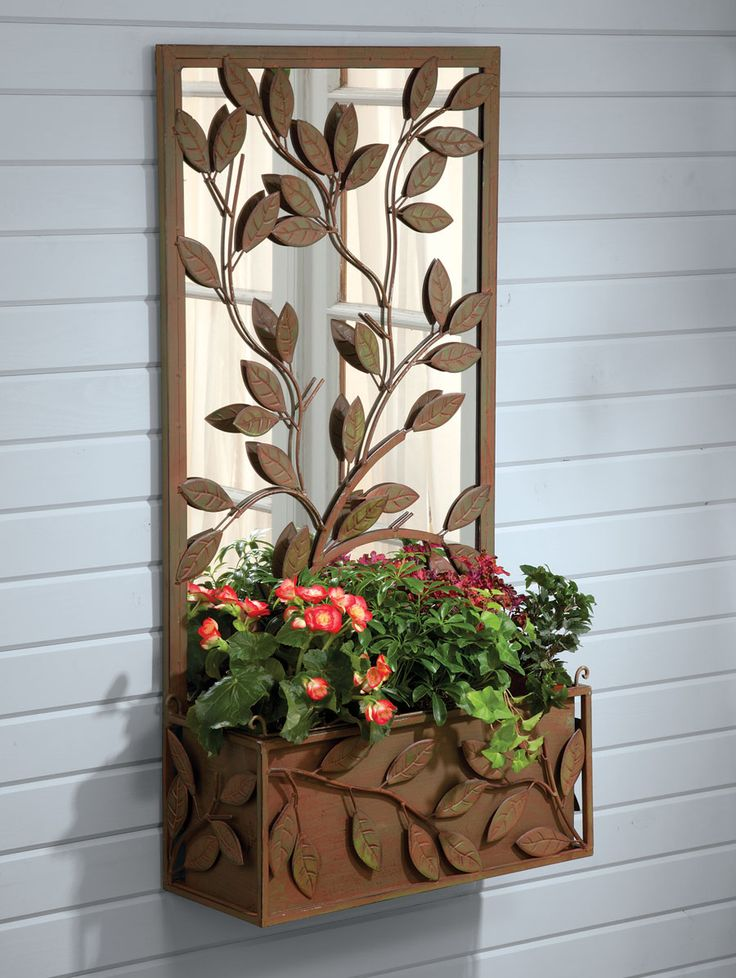 85 best images about garden mirrors on pinterest garden for Outdoor wall planter ideas