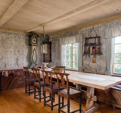 Kroksgård - Här finns en unik och restaurerad fastighet där förväntningar om att ansvara för bevarandet inför kommande generationer.
