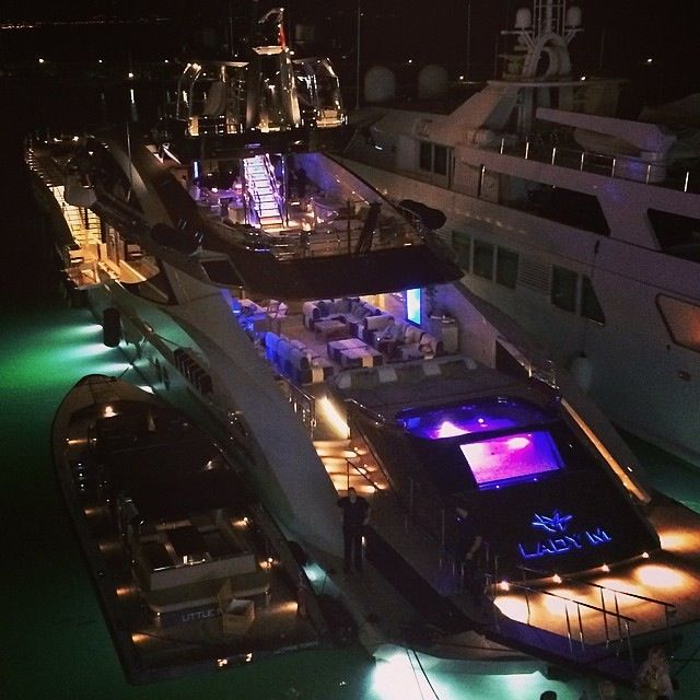 Yacht parties, super yacht parties, yacht charters, French Riviera, Monaco, Côte d'Azur