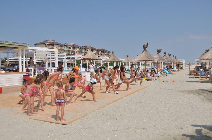 Ati facut inviorarea de #dimineata? Cati dintre voi s-au alaturat colegilor nostri pe #plaja #Phoenicia in timpul orelor de aerobic peste #vara ?