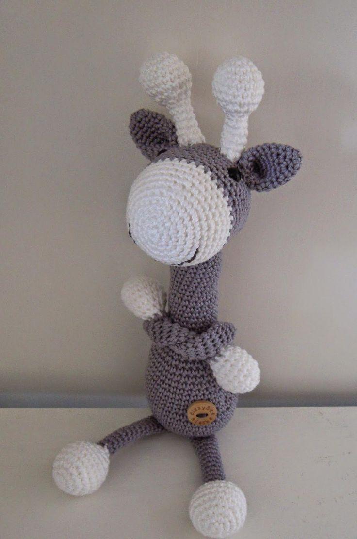 giraffe by Bizzy Bee Klaske