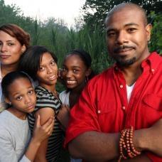 Eigen Kracht-conferenties voor families. In gesprek, contact maken en samen werken aan een gezamenlijk doel!