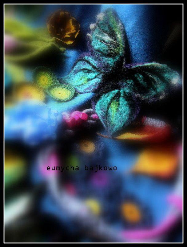 Filcowy motyl -broszka filcowana na mokro.  http://robotkowyswiatmychy.blogspot.com/
