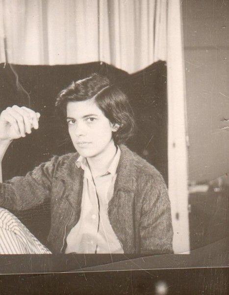 susan-sontag:  The rarest of the rare! Photos of Susan Sontag...