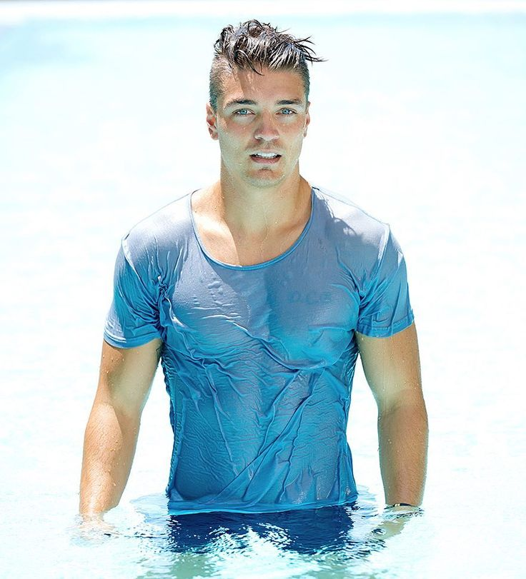 """Dean Unglert changes mind on being 'The Bachelor' star -- I'd be flattered and would """"never say no"""" Dean Unglert has seemingly changed his mind on whether he'd like to star on The Bachelor's upcoming 22nd season. #TheBachelorette #Bachelorette"""