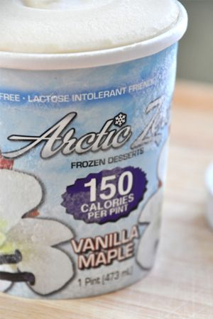 Arctic Zero Vanilla Maple ice cream, gluten free & lactose free. Sooo yummy. And only 150 calories for the whole pint!