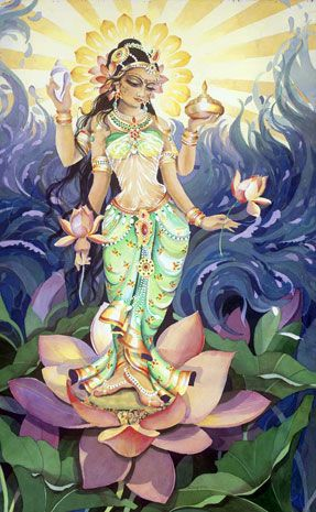 Lakshmi #India Al este del monte Zent-Lhamo, en un jardín resplandeciente, vive la Santa Lakshmi, Diosa de la Felicidad. Por medio de una interminable labor embellece sus siete velos de paz.