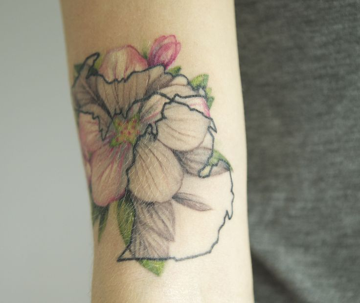 Michigan apple blossom tattoo by Kegan Eastham #tattoo #appleblossomtattoo