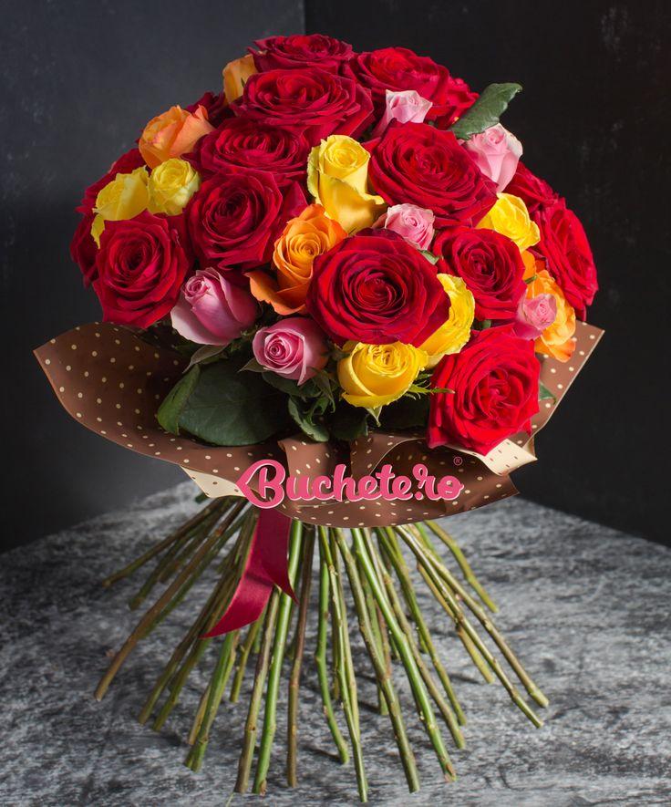 Cum ar fi să sărbătorim explozia de culoare de afară cu un buchet de trandafiri multicolori?   #florarie #livrareflori https://www.buchete.ro/buchete-de-trandafiri