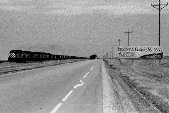 """""""Crisis economica"""" - 1990/1993 - Texas, Estados Unidos - Negativos b/n, 35mm  - Imagen modificada digitalmente - Derechos reservados de todo el Web Site © Copyright 2008 Pedro Meyer"""