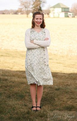 1940's house dress...