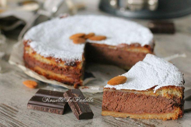 Torta Agata, alle mandorle e cioccolato