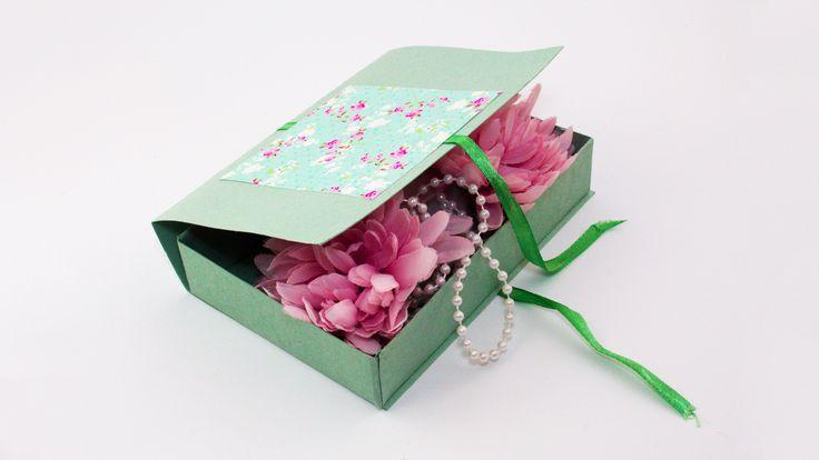DIY Decorative Cardboard Gift Box