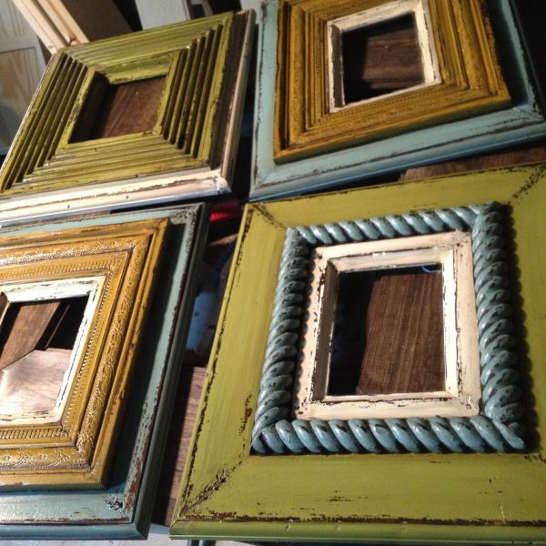 love distressed painted picture frames need to do one great big one for over the couch