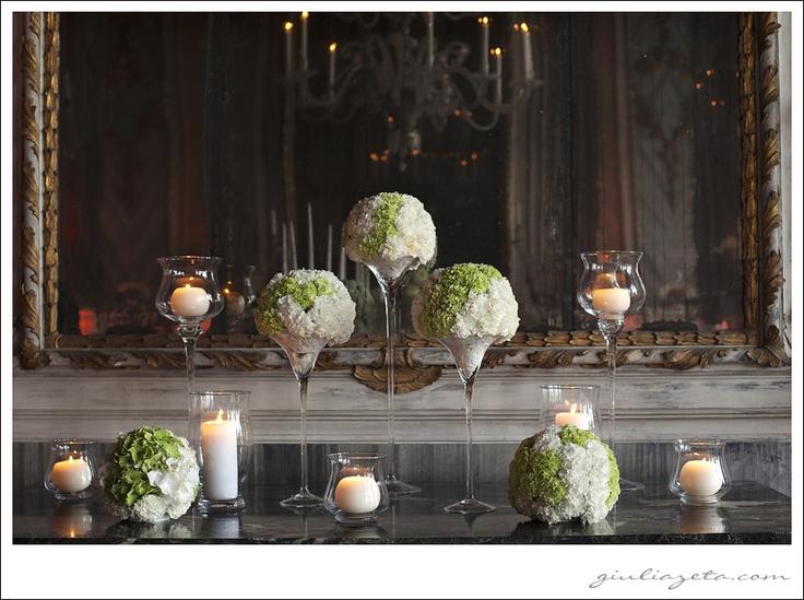 #wedding at #Palazzo #Pisani #Moretta in #Venice - #green #carnations #white #hydrangea #pomander #spheres | #matrimonio a #Palazzo #Pisani #Moretta #Venezia - #sfere #garofani #verdi #ortensia #bianca copyright GIULIA ZETA WEDDING & LIFESTYLE PHOTOGRAPHY Milano Venezia Amalfi Parigi