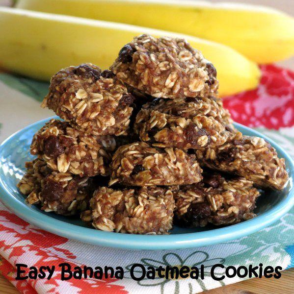 Banana Oatmeal Breakfast Cookie Recipe Desserts, Breakfast and Brunch with bananas, old-fashioned oats, flax seeds, unsweetened applesauce, vanilla, cinnamon, honey, raisins
