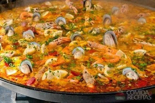Receita de Paella marinera - Comida e Receitas