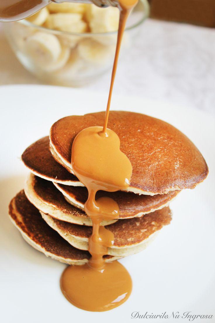 Pancakes cu Aroma de Banane si Vanilie (fara zahar, continut scazut de grasimi, continut ridicat de proteine, 100% sanatoase)