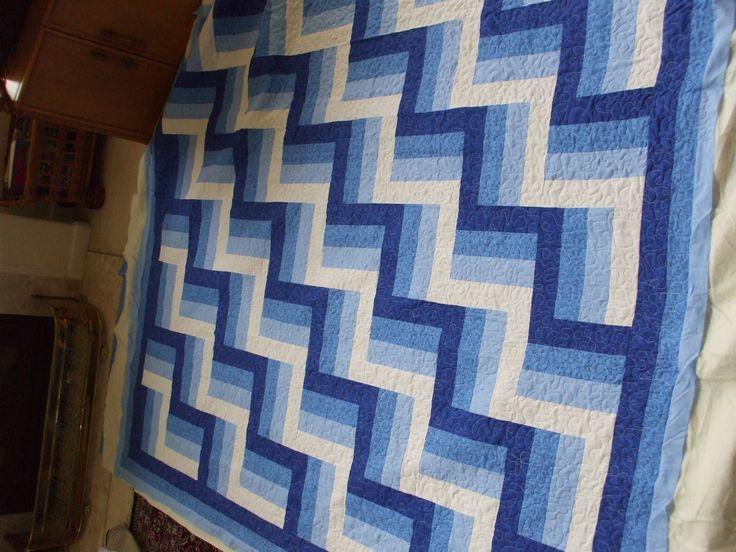 Quilt Pattern Split Rail Fence : blue and white split rail fence quilt Quilts - Rail Fence Pintere?