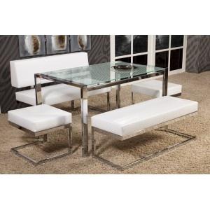 Üründe 2 adet puf 1 köşe bank 1 köşe flat 1 adet masa bulunmaktadır.    Bu ürünün görselinde relax masanın siyah, beyaz ve kırmızı çizgili tonları kullanılmıştır.