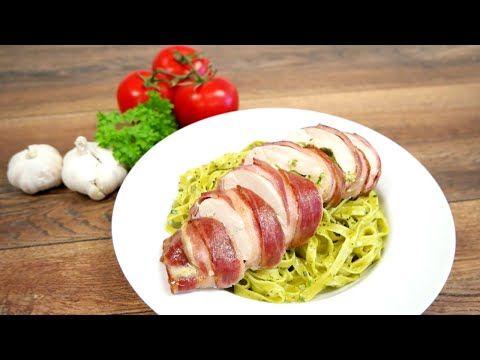 Pesto og mozzarella-fylt kylling i bacon og pasta - YouTube