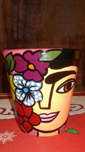 Maceta Frida Flores (fucsia) 2