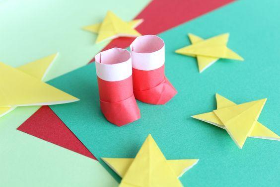 折り紙でクリスマスの立体的なブーツの折り方