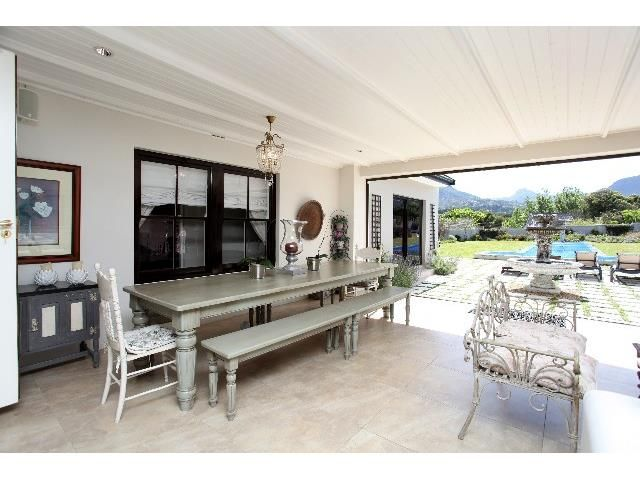 4 bedroom House for sale in Constantia   Greeff
