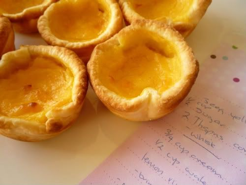 When I made the Friands yesterday, I ended up with six egg yolks that I needed to use. I know they can be frozen - but hey that's no fun! It was a good excuse to find something delicious...
