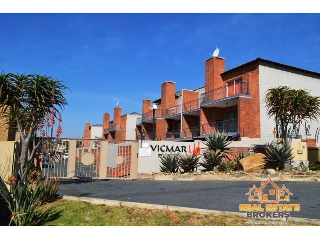 Real Estate Brokers - Property for Sale Vicmar Place, 1 Perm Street, 2 bedroom Apartment for sale in Sonneglans