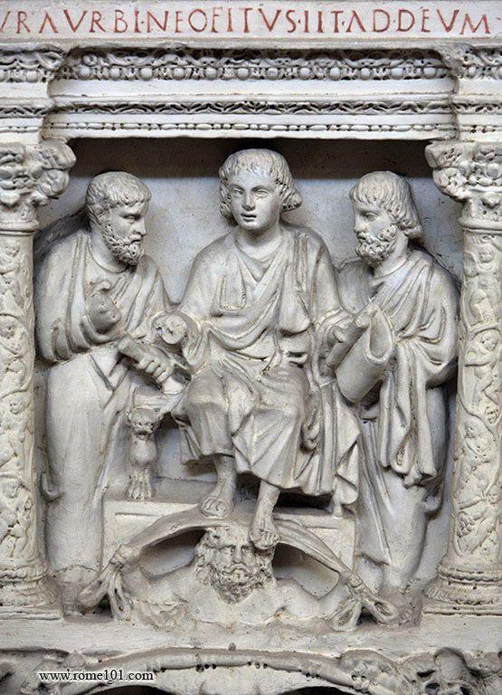 Chrystus tronujący, św. Piotr, św. Paweł i olbrzym podtrzymujący firmament; sarkofag J. Bassusa