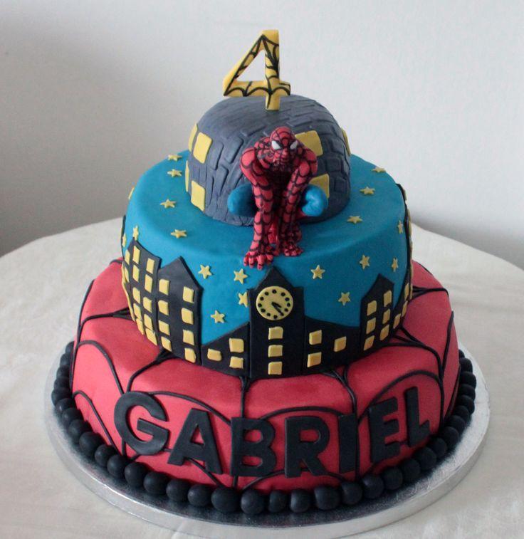 38 fantastiche immagini su torte decorate cuore di for Decorazione torte spiderman
