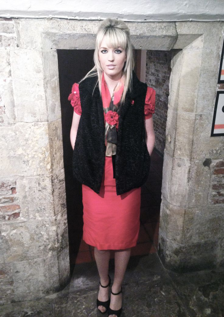 Photo shoot in the museum, my final outfit!