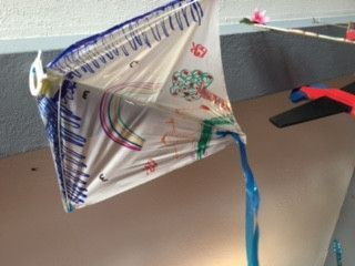 DIY Kite - Arts and Crafts