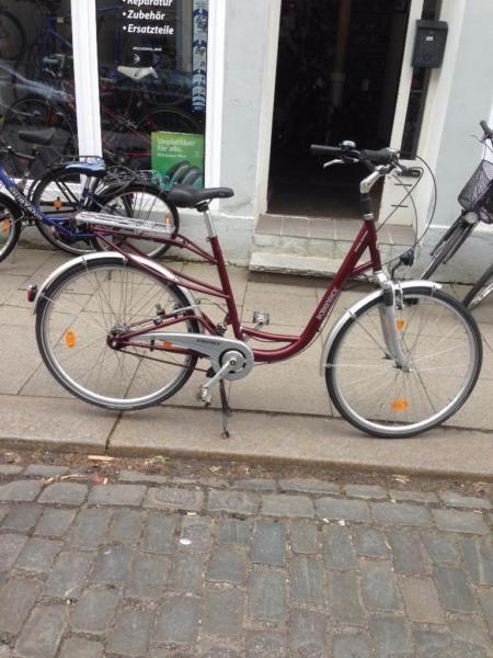 1000 ideas about fahrrad 28 zoll auf pinterest retro fahrr der retro fahrrad und vintage rennrad. Black Bedroom Furniture Sets. Home Design Ideas
