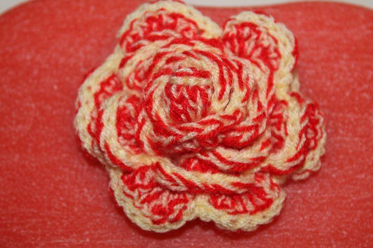 https://flic.kr/p/y1ec83 | YELLOW AND RED ROSE EMBROIDERED WITH CROCHET; ROSA BICOLORE ALL'UNCINETTO | Yellow and red rose embroidered with crochet. Decoration of the red oval box in wax. Handmade.  To learn more visit:  www.ilmiomondoincera.com    Rosa gialla e rossa ricamata all'uncinetto. Decorazione dello scatolo rosso in cera. Artigianale.  Per saperne di più visita il sito: www.ilmiomondoincera.com