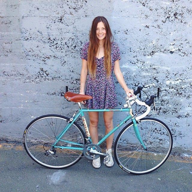 Lindsay Hansen @lindsaylaurel Bike build is fin...Instagram photo   Websta (Webstagram)