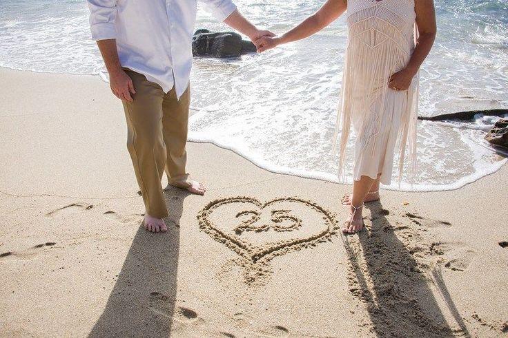Linen Wedding Anniversary Gift Ideas: 17 Best Ideas About Vow Renewal Beach On Pinterest