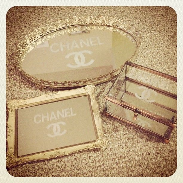 Etched Glass Tray - I bet you I could figure out how to do this myself...