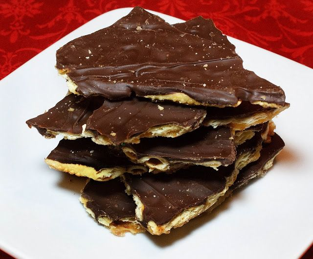 Saltine Bark (sweet/salty treat)- make allergy free using Earth Balance soy-free butter, brown sugar & Enjoy Life Choc. Chips.  Sounds yummy! #foodallergy #foodallergies