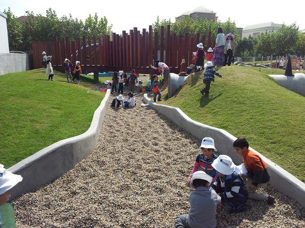 Playground at Concordia International School, Shanghai. Click image for details & visit the slowottawa.ca  boards >> http://www.pinterest.com/slowottawa/