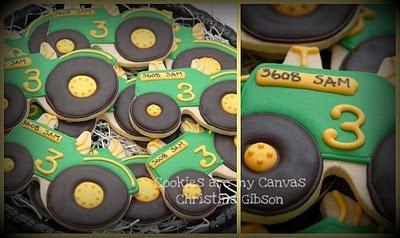 tractor cookie