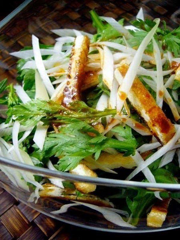 ねぎと春菊、焼き揚げのサラダ