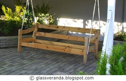 Glassveranda: Lage hengebenk til hagen, av en gammel furusofa? Oppskriften finner du her!