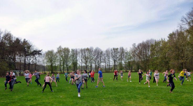 Onze tweedejaars trokken voor drie dagen naar Sint-Michielsgestel (NL) @Zonnewendegroep : http://www.khwilrijk.be/wordpress/gwp-2e-jaars-dag-1/